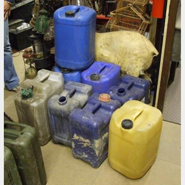 Various Coloured Plastic 5 Gallon Containers X9