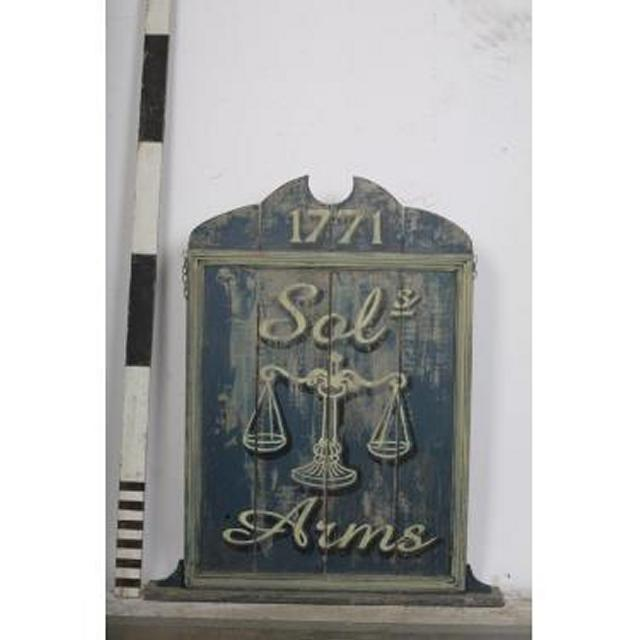 Pub Sol Arms Free Standing Wooden Signage 1125X950