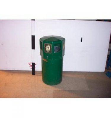 Litter Bin With Top - Green Plastic