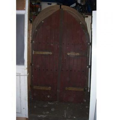 Church Arch Dble Doors Large Strap Hinges