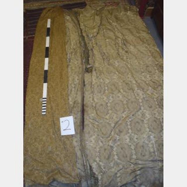 2000 Wf X 4000Mm Drop Double Sided Gold Silk One Side Distressed
