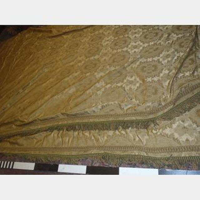 2800 X 4200 Drop Pair Gold Silk Damask Unlined Unfinished Fringe One Side Scht