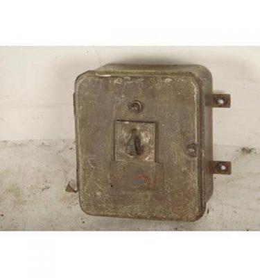 Switch Gear 270X235X140