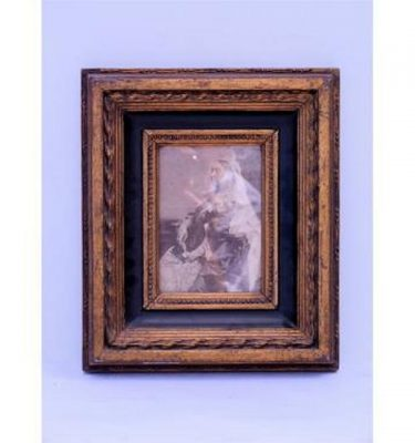 Black And Gilt Frame Queen Victoria 340X290