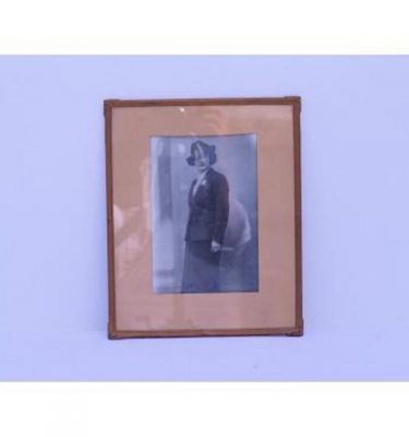 B/W Photo 1940'S Lady