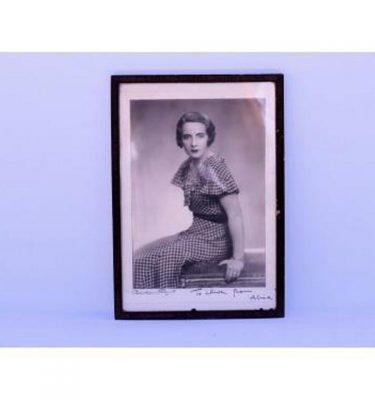 1930'S Girl In Dress B/W Photo 300X200