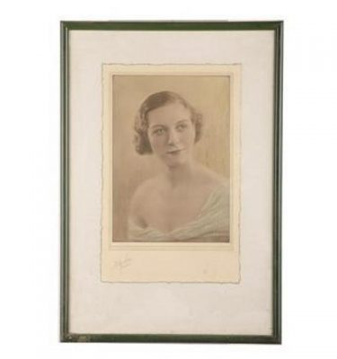 Framed Picture Portrait 575X365
