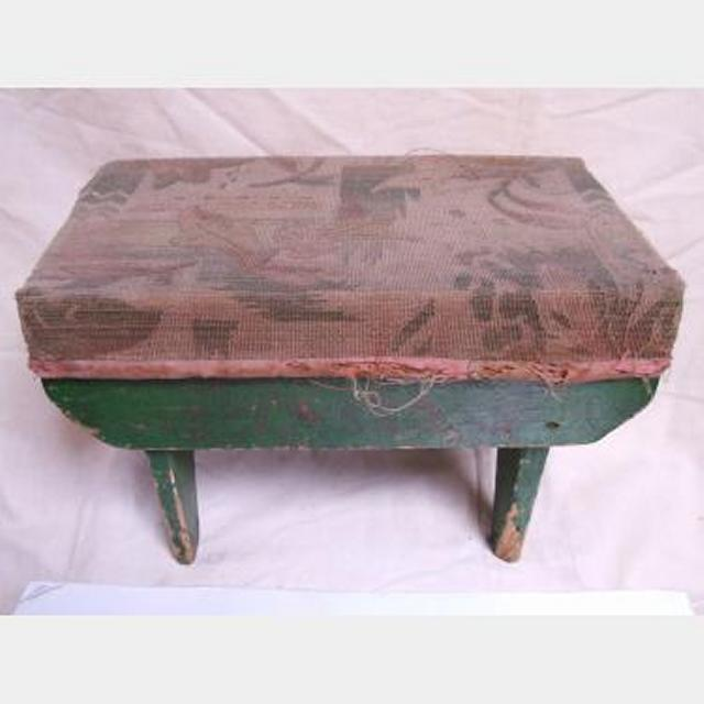 Green Tapestry Kneeling Stool 250X380X230