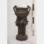 Urn On Plinth 2 Sections 1465X740D