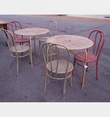 Outdoor Table Setting Tables X4 750X850Mm  Chairs X5 900X420Mm