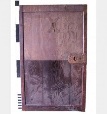 Metel Faced Door With Keyhole