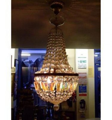 Hanging Chandelier Glass X 1   900 Tall