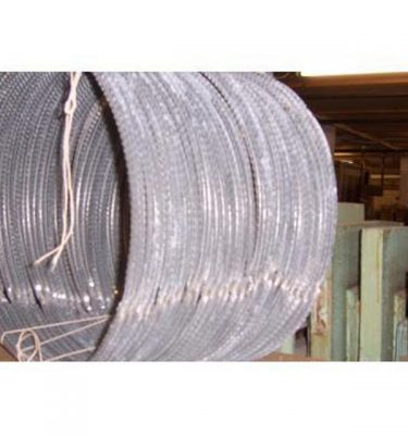 Razor Wire In Rolls Various Diameters    Lots Of