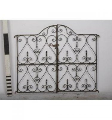 2 Piece Gate  Ornate Bow Top                       1040X1260