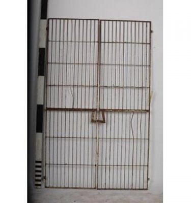 Pair Of Iron Gates Wine Cellar Type                                   1860X560