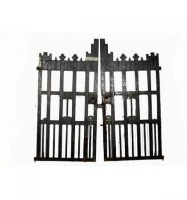 Castellated Topped Gates Iron Heavy                        1835X890Each