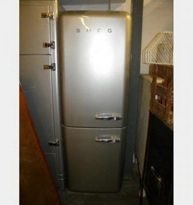 Smeg Fridge With Reverse Cut Off 1790X600X620