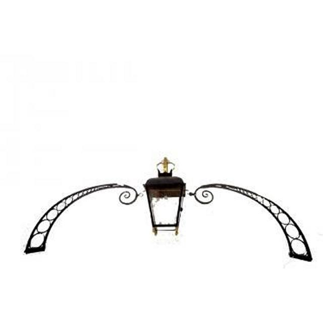 Downing St Archway And Lamp Detail 860X3000X440