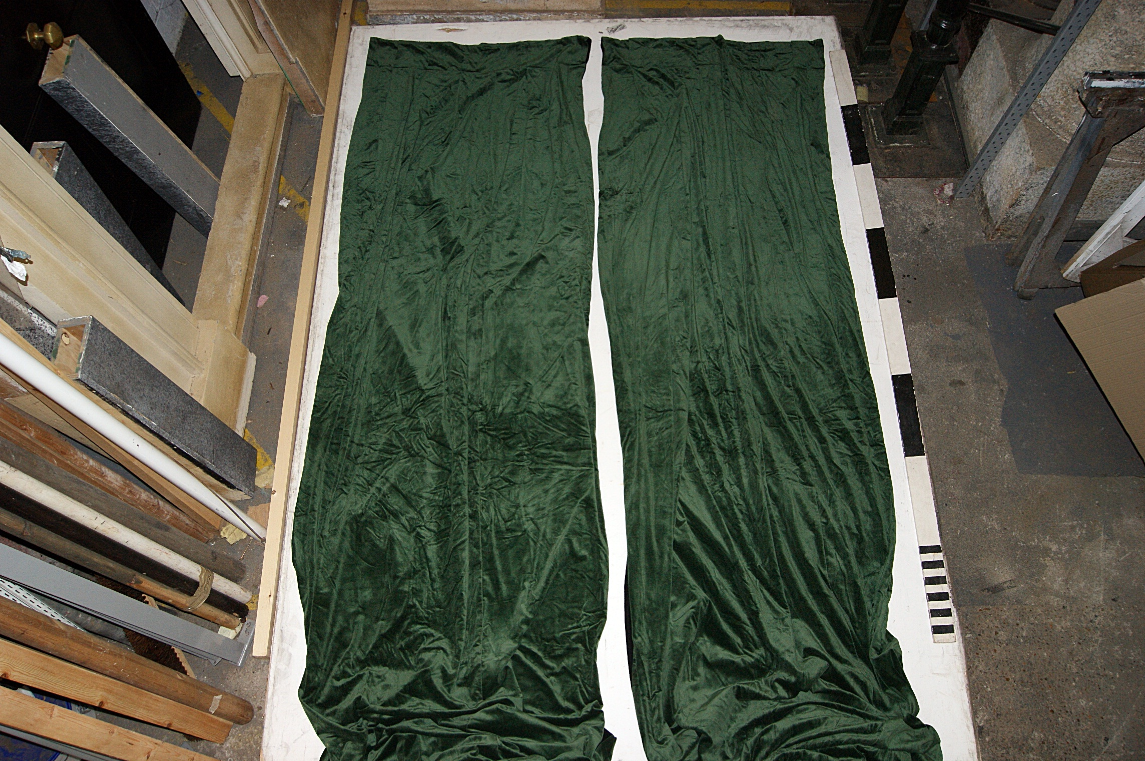 0040124 Green Velvet Drapes H 380cm X 100 Each X 2 Pairs Stockyard Prop And Backdrop Hire