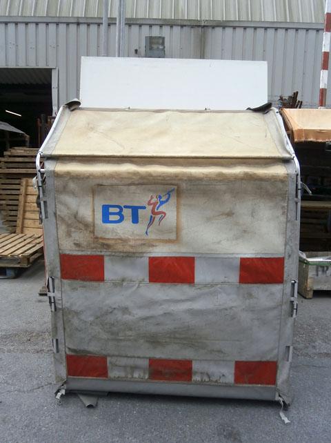2501039 BT Tent ( 180cm x 140 x 121 ) - Stockyard Prop and Backdrop Hire & 2501039 BT Tent ( 180cm x 140 x 121 ) - Stockyard Prop and ...
